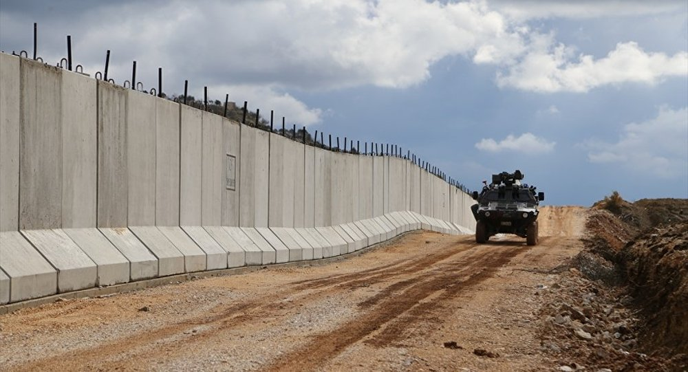 Toki Suriye sınırında ki güvenlik duvarının inşasını tamamladı