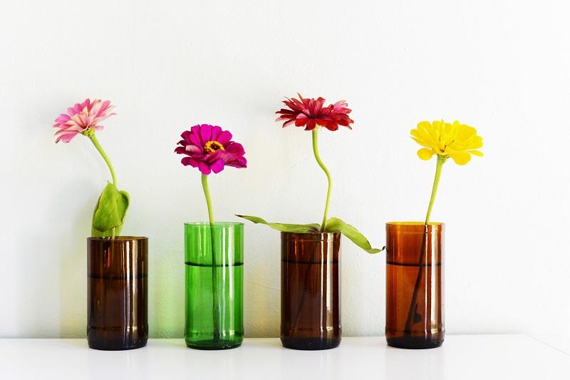 Cam şişelerden ev dekoratifleri