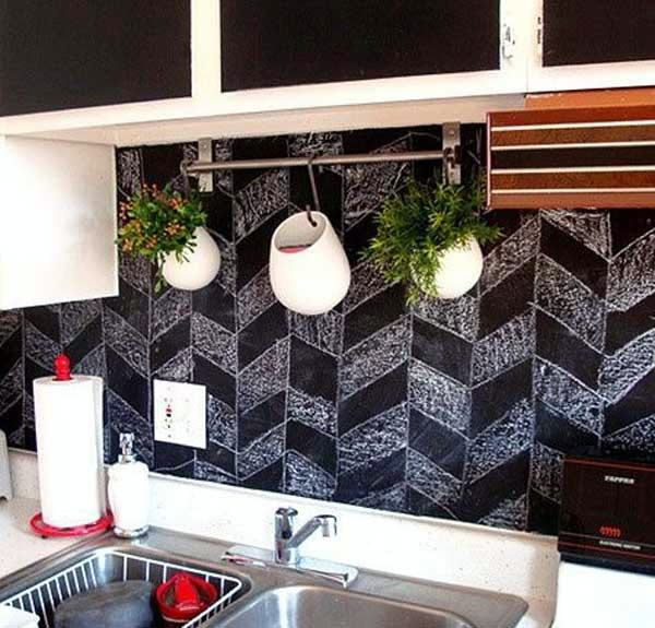 Mutfak duvarlarına uygulanan dikkat çekici dekorlar